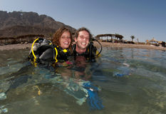 Couple scuba diving Royalty Free Stock Image