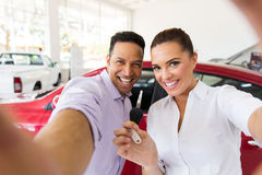 Couple selfie dealership Royalty Free Stock Photography