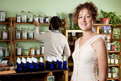 A couple shop for natural healing products Royalty Free Stock Photography