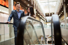Couple in a shopping center Stock Photography