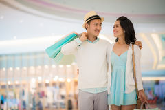 Couple in shopping mall Stock Photography