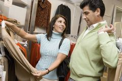 Couple Shopping In Store Stock Photography