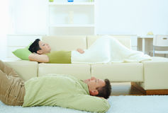 Couple sleeping at home Royalty Free Stock Images