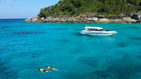 Couple snorkeling with clear water at Similan island Royalty Free Stock Images