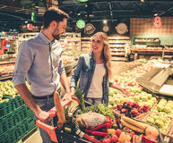 Couple at the supermarket Royalty Free Stock Photography