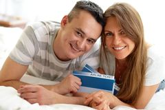 Couple with tickets Royalty Free Stock Images