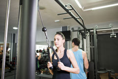 Couple training at gym Royalty Free Stock Photo