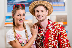 Couple in travel agency Royalty Free Stock Photography