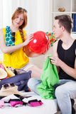 Couple during travel preparation Royalty Free Stock Photography