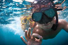 Couple underwater Royalty Free Stock Photography
