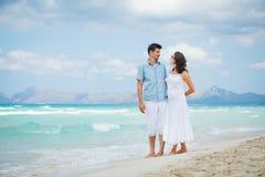 Couple walking Royalty Free Stock Photography