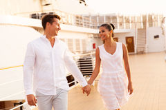 Couple walking cruise Royalty Free Stock Photos
