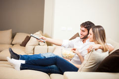 Couple watching a movie Royalty Free Stock Images