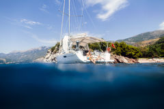Couple yacht honeymoon sailing luxury cruise Stock Photos