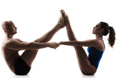 Couple yoga nauka asana boat pose Royalty Free Stock Photography