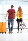 Couples à l'aéroport Photos stock