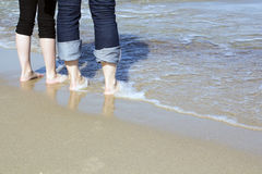 Couples à la plage Photo libre de droits