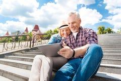 Couples âgés s'amusant Image libre de droits