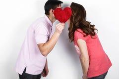 Couples élégants heureux dans l'amour Photos libres de droits