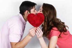 Couples élégants heureux dans l'amour Photo stock