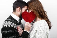 Couples élégants heureux dans l'amour Image libre de droits
