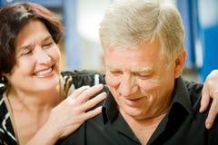 Couples aînés à la maison Photographie stock libre de droits