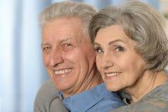 Couples aînés à la maison Photographie stock