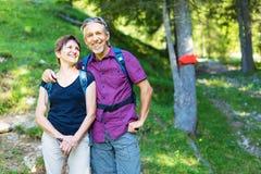 Couples aînés actifs Images libres de droits