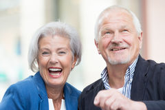 Couples aînés actifs Photo libre de droits