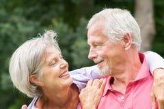 Couples aînés dans l'amour Photos libres de droits
