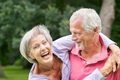 Couples aînés dans l'amour Image stock