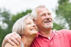 Couples aînés dans l'amour Photographie stock