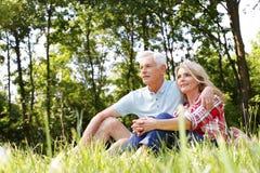 Couples aînés de détente Image libre de droits