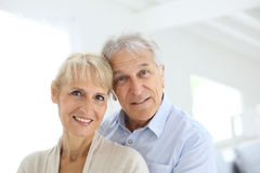 Couples aînés de sourire heureux Photos stock
