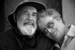 Couples aînés noirs et blancs Photos libres de droits