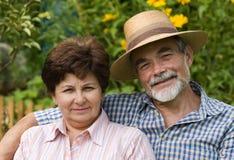 Couples aînés romantiques 2 Photographie stock libre de droits