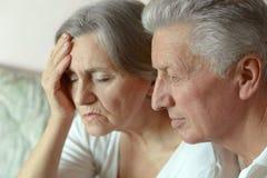 Couples aînés tristes Photo libre de droits