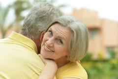 Couples affectueux d'aîné Photographie stock