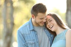 Couples affectueux dans l'amour Images libres de droits