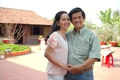 Couples affectueux heureux Photos libres de droits