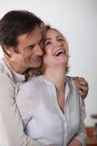 Couples affectueux riants Images libres de droits