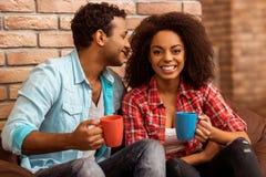 Couples afro-américains attrayants Photos libres de droits