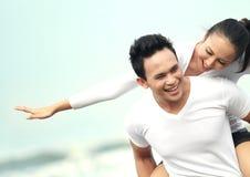 Couples appréciant des vacances Photo libre de droits