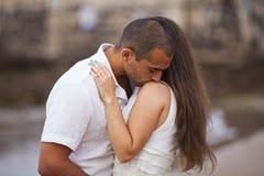 Couples appréciant l'amour de theire Image libre de droits