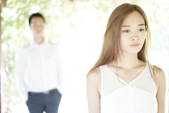 Couples asiatiques dans des relations malheureuses Photo libre de droits