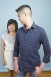 Couples asiatiques debout photo libre de droits