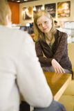 Couples au café Photo libre de droits