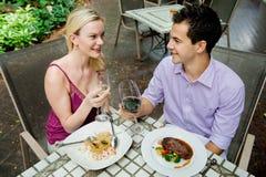 Couples ayant le repas Photographie stock libre de droits
