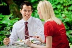 Couples ayant le repas Images libres de droits