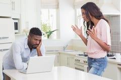 Couples ayant un argument photo libre de droits